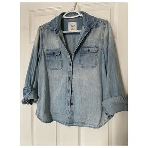 American Eagle distressed Chambray shirt